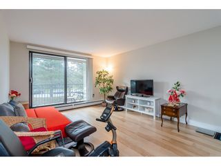 "Photo 7: 107 1720 SOUTHMERE Crescent in Surrey: Sunnyside Park Surrey Condo for sale in ""Spinnaker"" (South Surrey White Rock)  : MLS®# R2541652"
