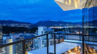 """Photo 12: 2501 620 CARDERO Street in Vancouver: Coal Harbour Condo for sale in """"Cardero"""" (Vancouver West)  : MLS®# R2532352"""