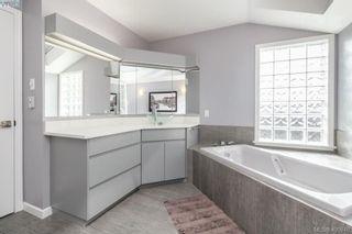 Photo 30: 978 Seapearl Pl in VICTORIA: SE Cordova Bay House for sale (Saanich East)  : MLS®# 799787