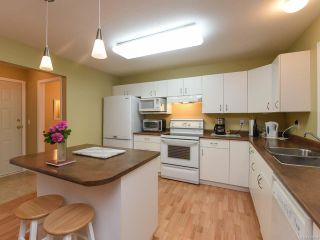 Photo 15: 555 BECKTON DRIVE in COMOX: CV Comox (Town of) House for sale (Comox Valley)  : MLS®# 789909
