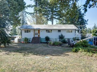 Photo 2: 60 15TH Street in Gibsons: Gibsons & Area House for sale (Sunshine Coast)  : MLS®# R2612790