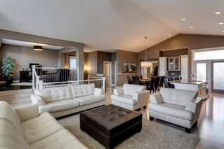 Photo 3: 219 Springbluff Heights SW in Calgary: Springbank Hill Detached for sale : MLS®# A1047010