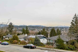 Photo 3: 551 GARFIELD Street in New Westminster: The Heights NW House for sale : MLS®# R2481223