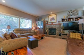 "Photo 10: 5565 4 Avenue in Delta: Pebble Hill House for sale in ""PEBBLE HILL"" (Tsawwassen)  : MLS®# R2047286"