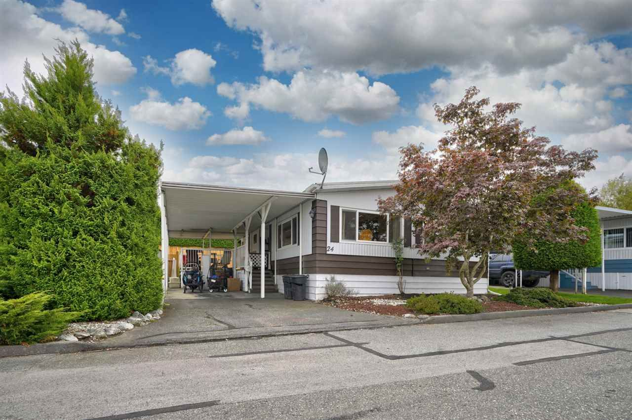 """Main Photo: 24 8254 134 Street in Surrey: Queen Mary Park Surrey Manufactured Home for sale in """"WESTWOOD ESTATES"""" : MLS®# R2508251"""