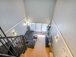 "Photo 8: 311 423 AGNES Street in New Westminster: Downtown NW Condo for sale in ""The Ridgeview"" : MLS®# R2415243"