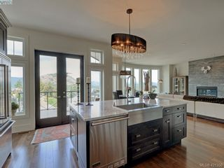 Photo 8: 1094 Bearspaw Plat in VICTORIA: La Bear Mountain House for sale (Langford)  : MLS®# 833933