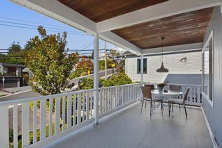 Photo 12: 952 LEE Street: White Rock House for sale (South Surrey White Rock)  : MLS®# R2351261