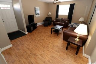 Photo 2: 304 1st Street West in Delisle: Residential for sale : MLS®# SK852362