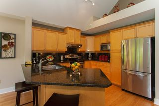 """Photo 23: 1 15450 ROSEMARY HEIGHTS Crescent in Surrey: Morgan Creek Townhouse for sale in """"CARRINGTON"""" (South Surrey White Rock)  : MLS®# R2201327"""