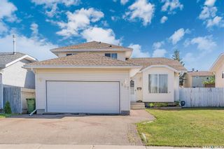Photo 2: 107 Hall Crescent in Saskatoon: Westview Heights Residential for sale : MLS®# SK868538