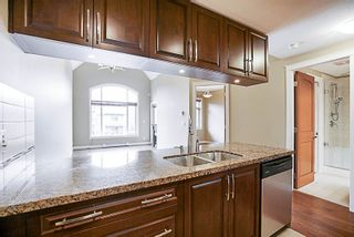 """Photo 6: 573 8328 207A Street in Langley: Willoughby Heights Condo for sale in """"Yorkson Creek"""" : MLS®# R2208627"""