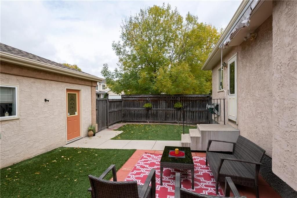 Photo 13: Photos: 144 Maplegrove Road in Winnipeg: Riverbend Residential for sale (4E)  : MLS®# 202024993