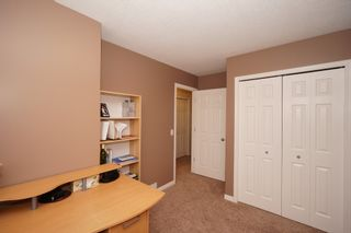 Photo 37: Affordable half duplex in Calgary, Alberta