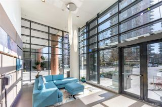 "Photo 2: 307 33 SMITHE Street in Vancouver: Yaletown Condo for sale in ""COOPERS LOOKOUT"" (Vancouver West)  : MLS®# R2558372"