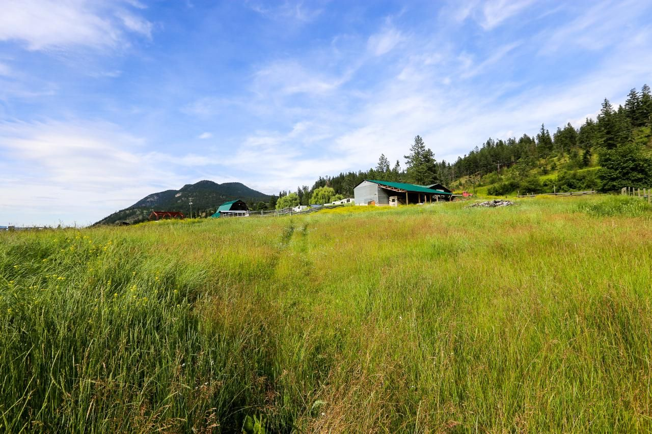 Photo 20: Photos: 8245 Edwards Road in Heffley Creek: HE House for sale (KA)  : MLS®# 157157