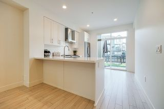 """Photo 5: 42 8570 204 Street in Langley: Willoughby Heights Townhouse for sale in """"Woodland Park"""" : MLS®# R2349258"""