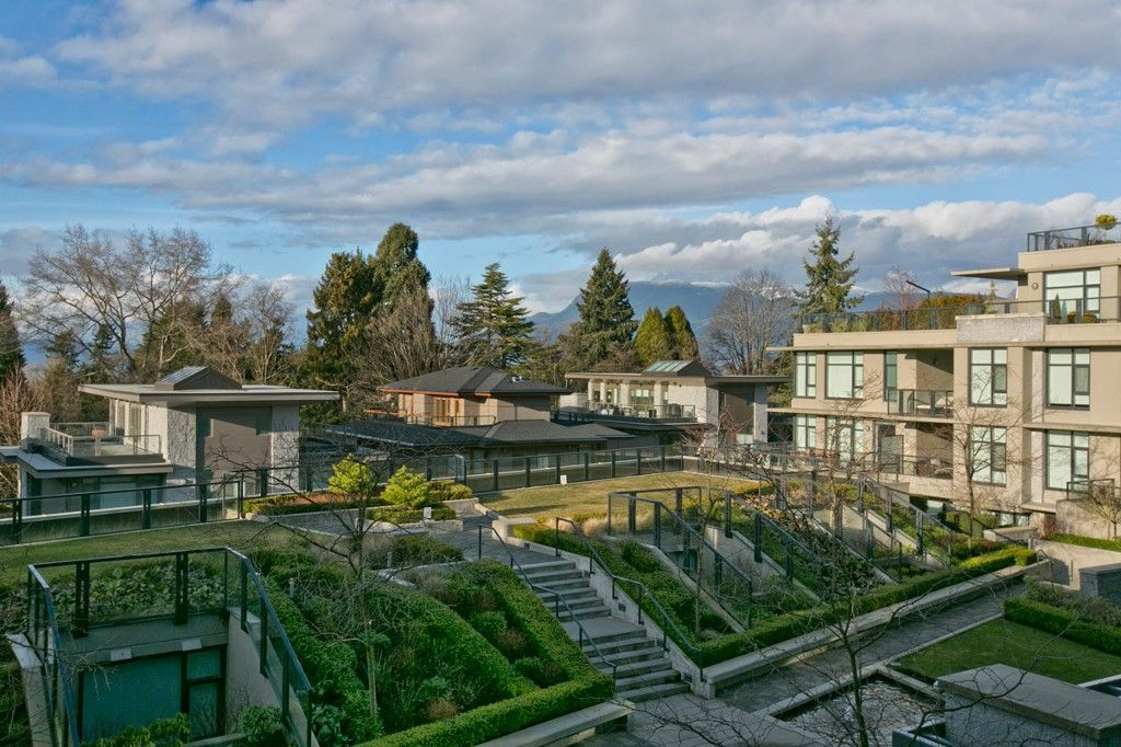 """Photo 13: Photos: 201 6093 IONA Drive in Vancouver: University VW Condo for sale in """"THE COAST"""" (Vancouver West)  : MLS®# V1047371"""
