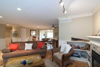 Photo 2: 2847 GORDON Avenue in Surrey: Crescent Bch Ocean Pk. House for sale (South Surrey White Rock)  : MLS®# F1116073