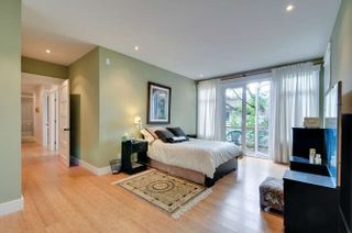 Photo 15: 1331 129A STREET in Surrey: Crescent Bch Ocean Pk. Home for sale ()  : MLS®# R2007596