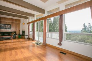 Photo 5: 2987 SURF Crescent in Coquitlam: Ranch Park House for sale : MLS®# R2197011