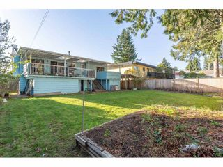 Photo 2: 9358 PRINCE CHARLES Boulevard in Surrey: Queen Mary Park Surrey House for sale : MLS®# R2417764