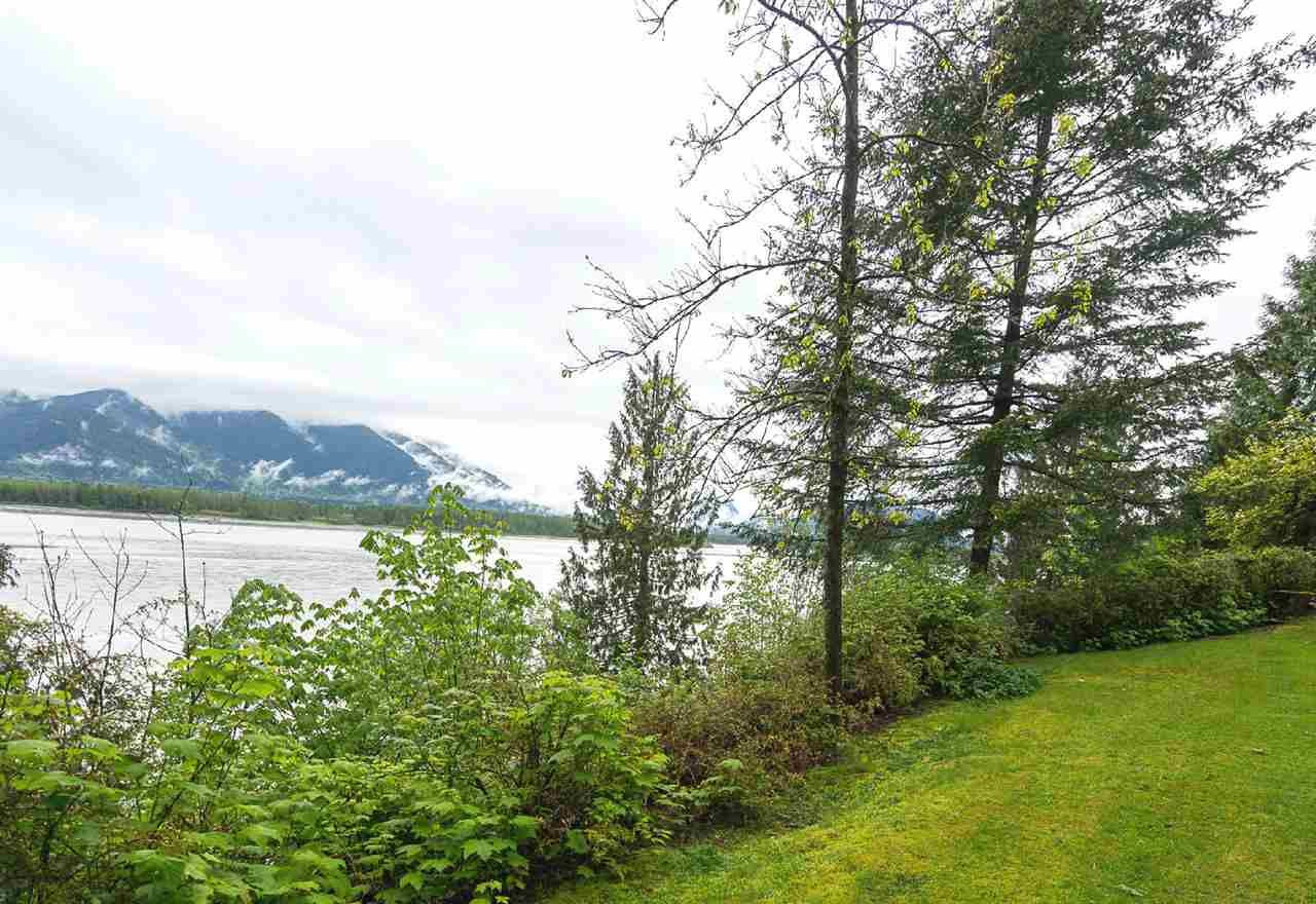 """Photo 19: Photos: 42831 OLD ORCHARD Road in Chilliwack: Chilliwack Mountain House for sale in """"CHILLIWACK MOUNTAIN"""" : MLS®# R2202760"""