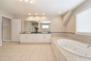 Photo 36: 1197 HOLLANDS Way in Edmonton: Zone 14 House for sale : MLS®# E4242698