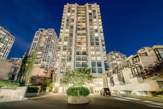 """Photo 1: 903 1185 THE HIGH Street in Coquitlam: North Coquitlam Condo for sale in """"CLAREMONT"""" : MLS®# R2290616"""