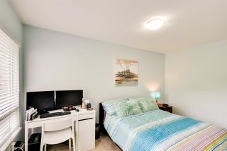 """Photo 16: 8469 PORTSIDE Court in Vancouver: Fraserview VE Townhouse for sale in """"RIVERSIDE TERRACE"""" (Vancouver East)  : MLS®# R2190962"""