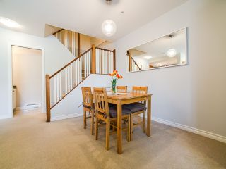 Photo 5: 6788 BERESFORD Street in Burnaby: Highgate Townhouse for sale (Burnaby South)  : MLS®# R2053840