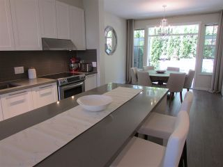 """Photo 6: 18 3470 HIGHLAND Drive in Coquitlam: Burke Mountain Townhouse for sale in """"BRIDLEWOOD"""" : MLS®# R2181948"""