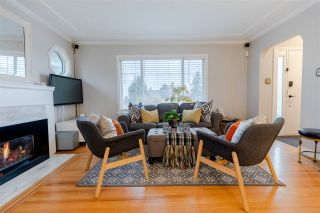 """Photo 7: 1607 HAMILTON Street in New Westminster: West End NW House for sale in """"WEST END"""" : MLS®# R2536882"""