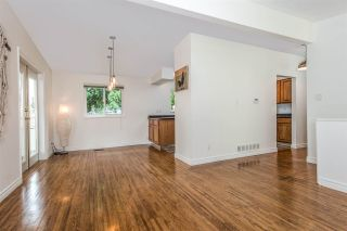 "Photo 7: 744 COTTONWOOD Avenue in Coquitlam: Coquitlam West House for sale in ""BURQUITLAM"" : MLS®# R2203160"