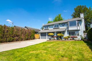 Photo 3: 20085 119A Avenue in Maple Ridge: Southwest Maple Ridge House for sale : MLS®# R2625110