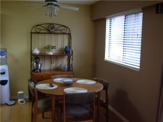 Photo 3: 941 OLD LILLOOET Road in North Vancouver: Lynnmour Condo for sale : MLS®# V990406