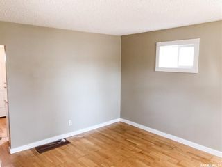 Photo 4: 1417 10th Avenue North in Saskatoon: North Park Residential for sale : MLS®# SK849345