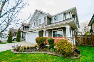 Photo 3: 32633 EGGLESTONE Avenue in Mission: Mission BC House for sale : MLS®# R2557371