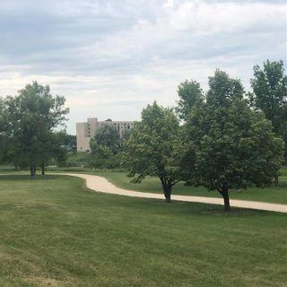 Photo 18: 182 Birchdale Avenue in Winnipeg: Norwood Flats Residential for sale (2B)  : MLS®# 202115774