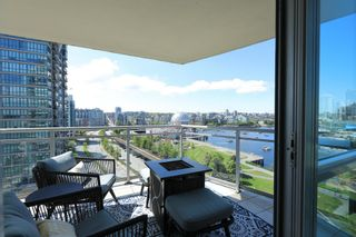 """Photo 16: 1405 120 MILROSS Avenue in Vancouver: Downtown VE Condo for sale in """"THE BRIGHTON BY BOSA"""" (Vancouver East)  : MLS®# R2617485"""