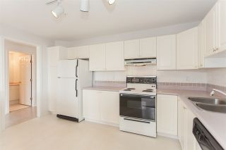 "Photo 9: 305 7161 121 Street in Surrey: West Newton Condo for sale in ""Highlands"" : MLS®# R2166269"