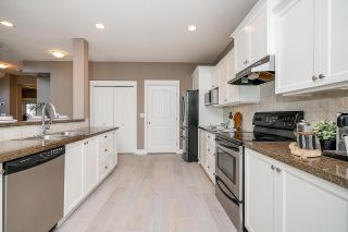 """Photo 10: 8351 209A Street in Langley: Willoughby Heights House for sale in """"Lakeside at Yorkson"""" : MLS®# R2568017"""