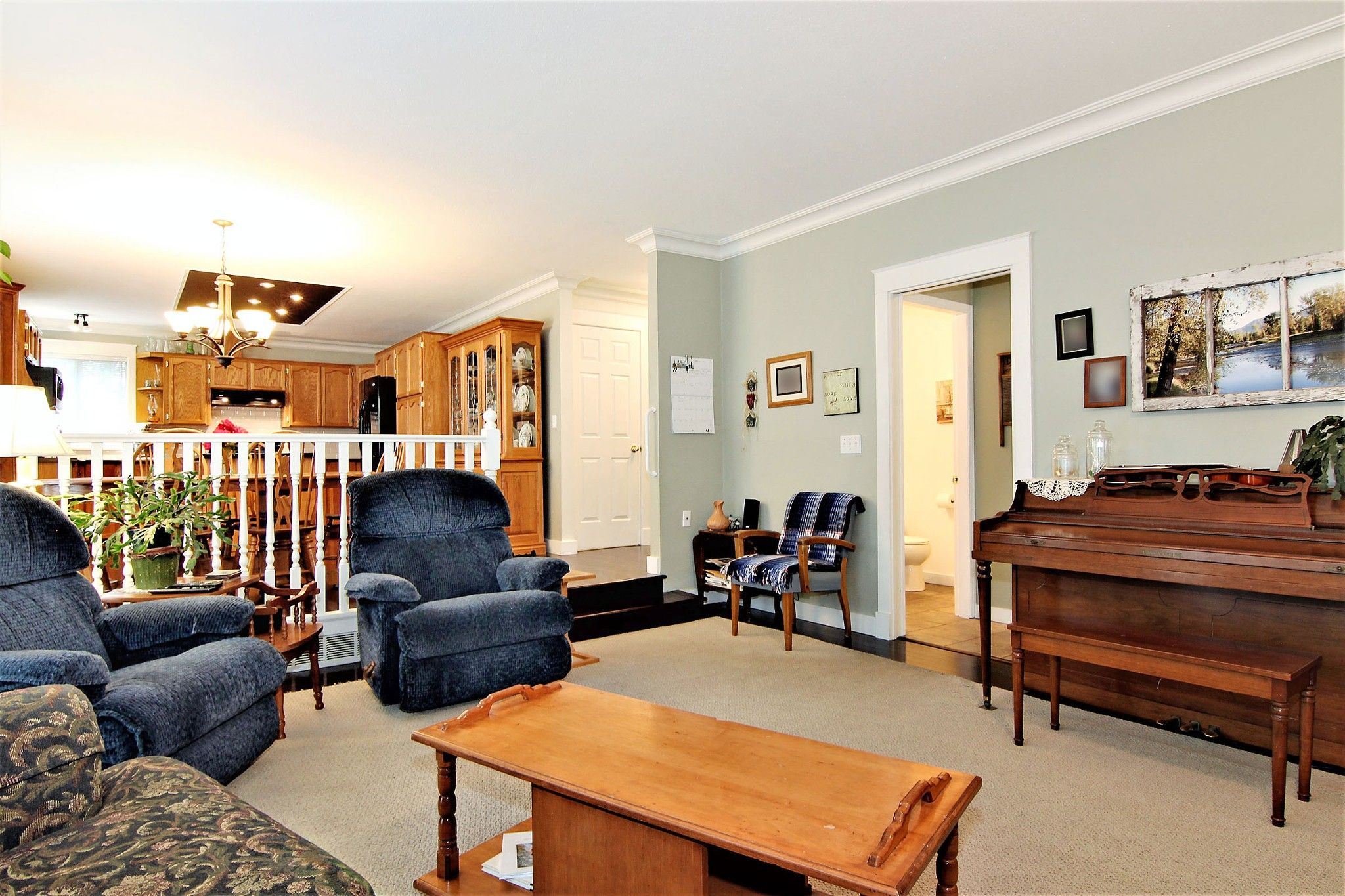 Photo 3: Photos: 2946 CARDINAL Place in Abbotsford: Abbotsford West House for sale : MLS®# R2384404