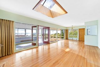 Photo 3: 2356 OTTAWA Avenue in West Vancouver: Dundarave House for sale : MLS®# R2624962