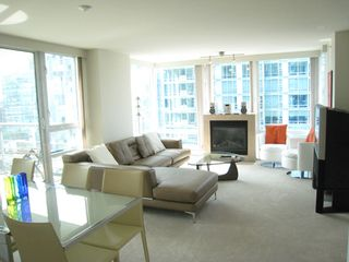 Photo 4: 1404 499 BROUGHTON STREET in DENIA @ Waterfront Place: Home for sale