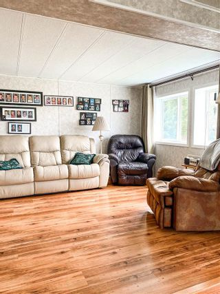 Photo 5: 32755 GRANT Road in Prince George: Red Rock/Stoner Manufactured Home for sale (PG Rural South (Zone 78))  : MLS®# R2575455