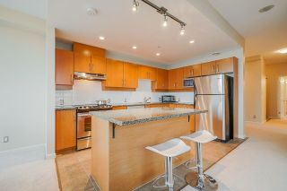 Photo 9: 801 9288 UNIVERSITY Crescent in Burnaby: Simon Fraser Univer. Condo for sale (Burnaby North)  : MLS®# R2499552