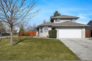 Photo 33: 939 Brooks Pl in : CV Courtenay East House for sale (Comox Valley)  : MLS®# 870919