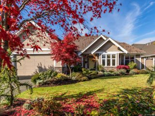 Photo 1: 3240 Majestic Dr in COURTENAY: CV Crown Isle House for sale (Comox Valley)  : MLS®# 827726