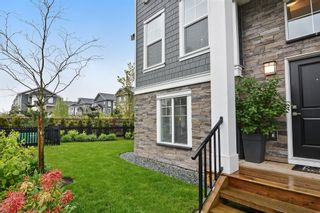"Photo 3: 75 7686 209 Street in Langley: Willoughby Heights Townhouse for sale in ""KEATON"" : MLS®# R2161905"